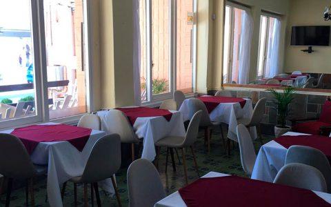 Hotel Danae Desayuno